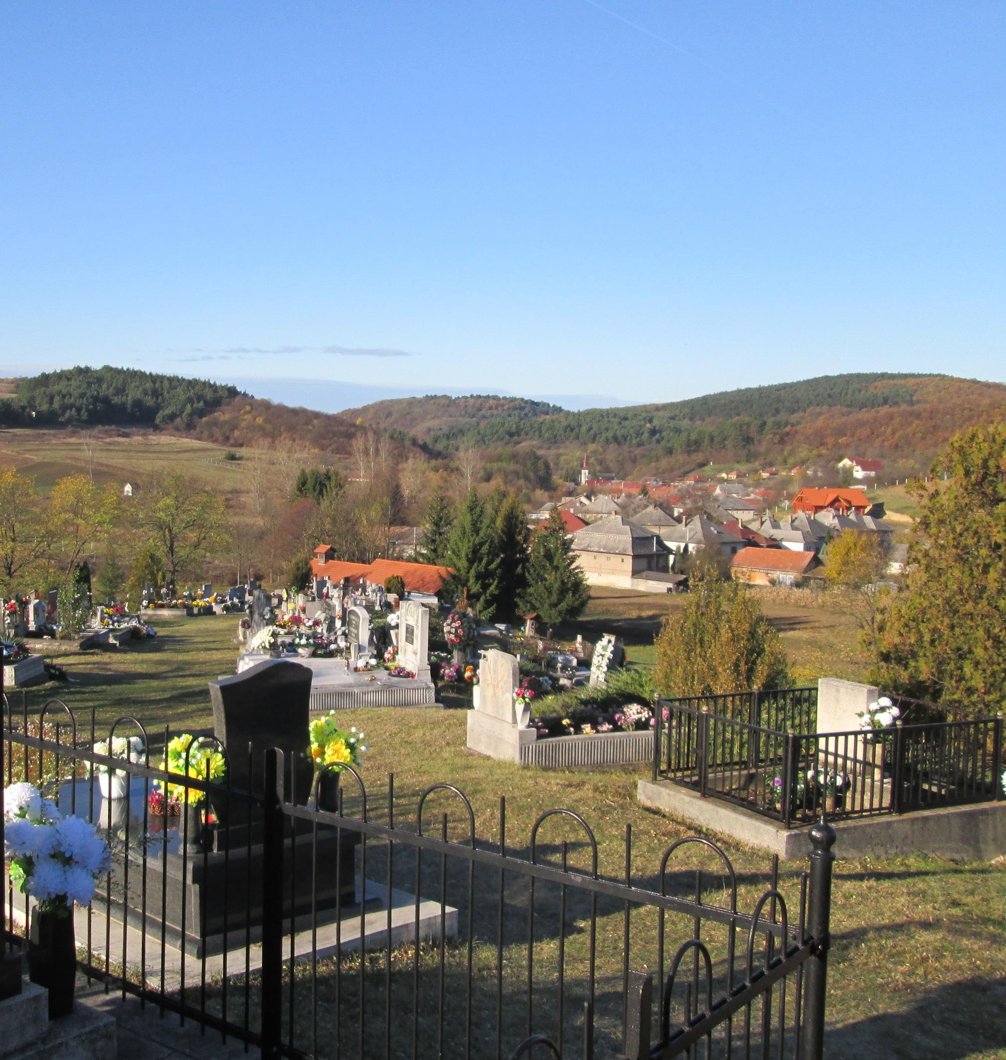 A nekézsenyi temető 2017. október 31.